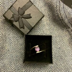 925 sterling silver amethyst ring.